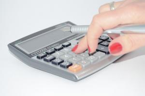 Účetnictví versus daňová evidence
