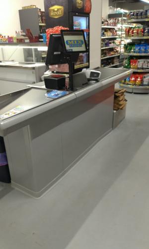 Pokladní box bez posuvného pásu - Prodejna Mixmarkt