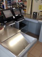 Pokladní box v prodejně potravin - Debrecen